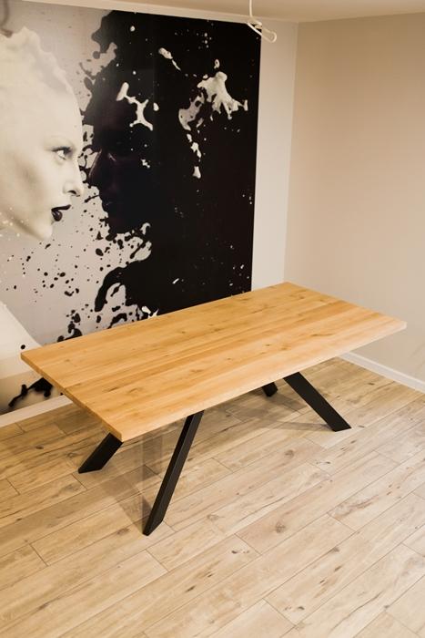 stol sskosne nogi025 Rustykalny stół dębowy skośne nogi