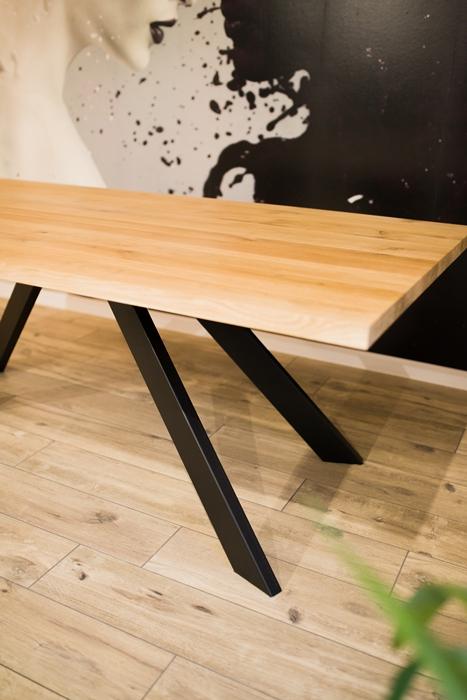 stol sskosne nogi028 Rustykalny stół dębowy skośne nogi